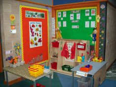 Garden Centre role-play area from Paula Martin Frobisher Dramatic Play Area, Dramatic Play Centers, School Displays, Classroom Displays, Classroom Setup, School Age Activities, Role Play Areas, Kindergarten, Play Based Learning