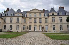 Château du Mesnil St Denis,France