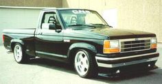 This has always been the inspiration for my turbo ranger build. But white on white. Wish I knew what that airbag was. Custom Ford Ranger, Ford Ranger Truck, Ford Pickup Trucks, Green Jeep, Blue Jeep, Toyota Hilux 4x4, Beach Jeep, Sport Truck, Lowered Trucks