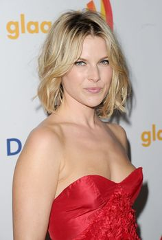 Ali Larter ...... In 1999, Larter began her film career with an appearance in Varsity Blues, which re-united her with Dawson's Creek star Van Der Beek and close friend Amy Smart.