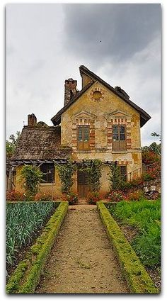 """Versailles Dreams House"""