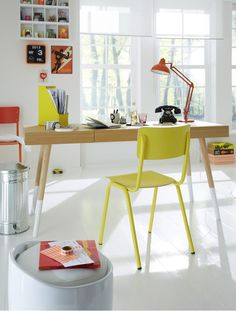 Love the white floor/wall and pop of color surrounding the natural desk.