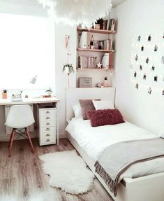 dream rooms for adults ; dream rooms for women ; dream rooms for couples ; dream rooms for adults bedrooms ; dream rooms for girls teenagers Girl Bedroom Designs, Room Ideas Bedroom, Small Room Bedroom, Bedroom Inspo, Bedroom Decor For Small Rooms, Cozy Teen Bedroom, Couple Bedroom, Teen Bedroom Decorations, Bedroom Decor Teen