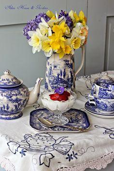 **Aiken House & Gardens: Spring Blue And White Transferware Tea Blue Dishes, White Dishes, Blue And White China, Blue China, Tea Art, Daffodils, Tea Time, Tea Cups, Table Settings