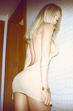 A bimbos dress should always be so small and tight she has to constantly keep checking to make sure she's covered.