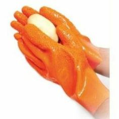 Have you cut yourself trying to peel a potato? All these problems will disappear, once you have the Potato Peeling Gloves! You have to see it to believe it! Take a potato using the fantastic Potato Peeling Gloves and rub it vigorously under a water jet to withdraw the skin. It is not only helpful to peel potatoes but you can use these extraordinary gloves to peel an apple or a carrot to verify the results! www.difmall.com