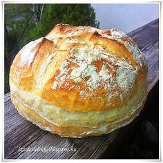 Minden nap tanulunk valamit.....aki nyitott szemmel jár, egész életében! A mai kenyér receptjét Irázi Viktóriától lestem el. Nagyon f... Ketogenic Recipes, Diet Recipes, Vegan Recipes, Croissant Bread, Bread Dough Recipe, Piece Of Bread, Hungarian Recipes, Artisan Bread, Keto Dinner