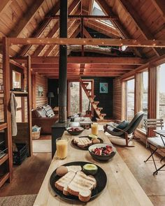 Tiny House Cabin, Tiny House Living, Tiny House Design, Cabin Homes, Tiny Houses, Wood House Design, Wood Houses, Best Tiny House, Living Room