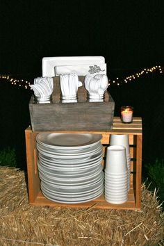 Great way to display plates and utensils for party. Love the crate!
