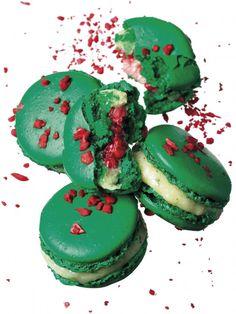 Chaque année, le 20 mars, la Maison Pierre Hermé Paris et les membres Relais Desserts donnent rendez-vous aux gourmands et gourmets dans leurs boutiques et proposent une action solidaire en faveur...