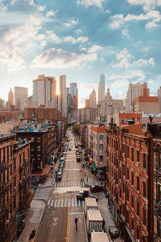 A New York City Travel Playlist - Passion Passport, New York Life, Nyc Life, City Aesthetic, Travel Aesthetic, Photographie New York, City Vibe, New York City Travel, City Wallpaper, New York Iphone Wallpaper