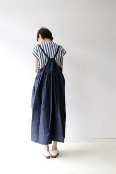 This might work as an alternate back to the Harper jumper. Boho Outfits, Casual Outfits, Fashion Outfits, Womens Fashion, Linen Dresses, Casual Dresses, Couture, Mori Fashion, Apron Dress
