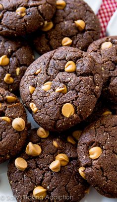 These flourless peanut butter brownie cookies are so rich and indulgent tasting, you won't miss the flour and butter. Made with only 7 simple ingredients, you'll find any excuse to make them!