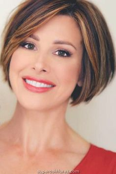 Soothing Medium Bob Hairstyles for All Faces-Best Bob Haircut Ideas - Short bob hairstyles for thick hair - Medium Bob Hairstyles, Short Bob Haircuts, Short Hairstyles For Women, Hairstyles Haircuts, Hairstyle Short, Layered Haircuts, Trendy Hairstyles, Short Hair Cuts For Women Over 50, Celebrity Short Haircuts