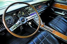 interior Old Vintage Cars, Antique Cars, 1965 Buick Riviera, Old School Muscle Cars, Automotive Design, Exterior Colors, Custom Cars, Cool Cars, Chevy