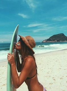 Surf girl... Surfboard love!