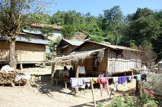 Laos Rundreisen - Jetzt Urlaub buchen! |Tai Pan Laos, Vietnam, House Styles, Vacation Package Deals, Cambodia, Waterfall, Tourism, Temple