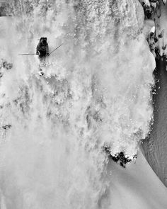 Sidecountry Skiing Mount Baker, Washington Photograph by Grant Gunderson. National Geographic extreme photo of the week. Ski Extreme, Extreme Sports, Ski Freeride, Freestyle, Snow Skiing, Ski And Snowboard, Photos Of The Week, National Geographic Photos, The Great Outdoors