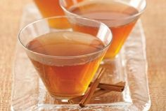 For this maple leaf cocktail recipe, bourbon, maple syrup, and lemon juice are shaken and served with a cinnamon stick garnish. Autumn sipping, anyone? Cocktail Syrups, Fun Cocktails, Cocktail Recipes, Fun Drinks, Red Fruit, Fruit Juice, Camping Meals, Camping Recipes, Maple Syrup