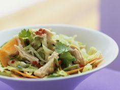 Salat mal anders! Vietnamesischer Hähnchensalat - smarter - Zeit: 20 Min.   eatsmarter.de