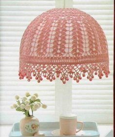 crochet lampshade -pembe dantelli abajur süsleme örneği