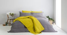 Brisa 100% linnen zacht gewassen sprei 220 x 225cm, chartreusegeel
