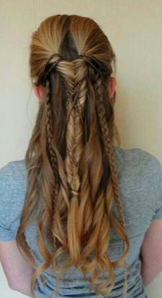 Elven Archer Hairstyle. I looooove this look and the waves give a sexy touch! Definitely, I'm in love with braids :):
