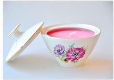 Zeit für Kerzen. Tassenkerzen in Zuckerdosen - auch schön <3 Tableware, Sugar, Candles, Products, Nice Asses, Dinnerware, Tablewares, Dishes, Place Settings