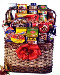 CHRISTMAS LUXURY HAMPERS  The Christmas Grocery Basket is the one of the best gifts to send to your recipient for this Christmas in regalomanila http://www.regalomanila.com they have a different types contains of Christmas Groceries that totally fit for this Christmas as Noche Buena.