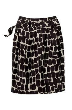 Plus-size wardrobe staples: Wardrobe Crisis Tips for Curvy Women.