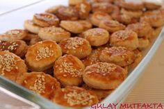 Zeynep'in diş buğdayı partisi için hazırladığım tuzlu kurabiyeler... Ayrıca bu tarifi nur  arkadaşımın ev sahipliğini yaptığı p.d.ç.s.e ne y...
