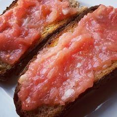 @roxandcoparis #PanConTomate #Poilane à l' #Espagnole #Tapas #Tomates #HuiledOlive #Ail