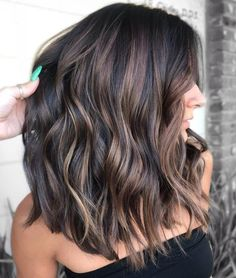 49 Beautiful Light Brown Hair Color To Try For A New Look – Balayage Hair Styles Brown Hair Balayage, Hair Color Balayage, Hair Highlights, Ombre Hair, Bayalage Black Hair, Short Hair Ombre Brown, Partial Balayage Brunettes, Coloured Highlights, Caramel Balayage Brunette