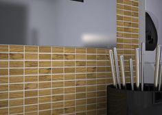 Pavimenti mosaico in legno - rovere spazzolato, verniciato.