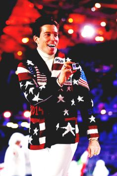 Shaun White at opening ceremonies. Sochi Olympics, Feb 7, 2014. OMG I am going to marry him