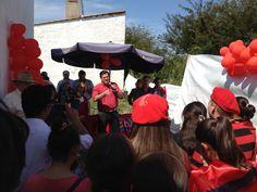 Artigas, inaugurando la Casa de Vamos Uruguay en los barrios
