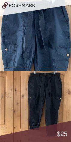 3f946435132 Black Cargo pant Sz 14 Black Cargo Pant White House Black Market Pants  Ankle   Cropped