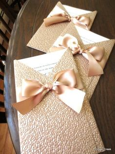 Custom Champagne Wedding invitations | champagne wedding | www.endorajewellery.etsy.com