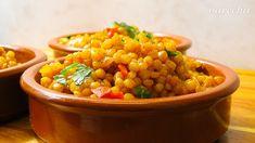 Tarhoňa s čili papričkou a príchuťou Maroka (videorecept) - recept   Varecha.sk Chana Masala, Treats, Ethnic Recipes, Food, Red Peppers, Sweet Like Candy, Goodies, Essen, Meals