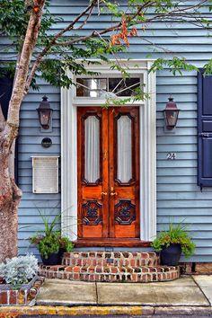 Ideas house facade design entrance entryway for 2019 House Entrance, Entrance Doors, Doorway, Front Doors, Cool Doors, Unique Doors, Facade Design, Door Design, When One Door Closes