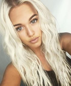 Lottie Tomlinson is literally so gorgeous like stop