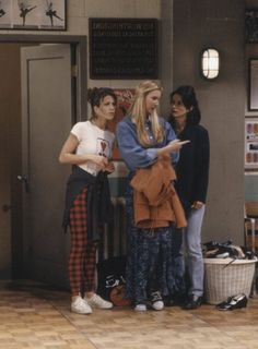 Jennifer Aniston, Courteney Cox and Lisa Kudrow Friends TV Show