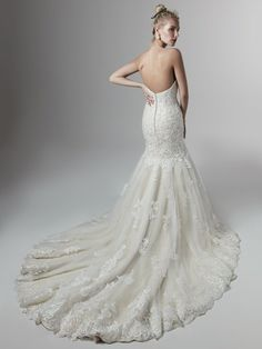 """Meet """"Koda"""" a new arrival to our Sottero & Midgley collection. With delicate beaded motifs appliqued over a layer of shimmering sequined tulle adorn this fit-and-flare wedding dress with sweetheart neckline. Maybe this is your dream dress? Designer Wedding Dresses, Bridal Dresses, Wedding Gowns, Classic Wedding Dress, Wedding Dress Sleeves, Vintage Glamour, The Dress, Bridal Collection"""