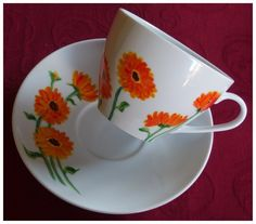 Calendula by Agnieszka Sokołowska. Hand painted on porcelain. All my porcelains are painted with Talens Decorfin Porcelain and baked in high temperature, so they are pretty durable.