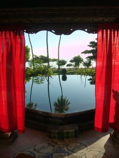 Puri Dadap Merah, Hotel Tugu Lombok