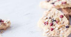 Tee myslitoffeet omaksi onneksi tai kääri ne pakettiin muiden iloksi. Christmas Candy, Xmas, Work Meals, Toffee, Granola, Cereal, Sweet Treats, Cookies, Breakfast