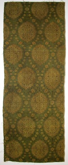Iran, Timurid, Timurid Dynasty, (1370 – 1507), late 15th to early 16th century Textiles; textile lengths Silk lampas with satin and twill a) 41 1/2 x 25 1/2 in. (105.41 x 64.77 cm); b) 33 3/4 x 12 3/4 in. (85.73 x 32.39 cm) The Nasli M. Heeramaneck Collection, gift of Joan Palevsky (M.73.5.653a-b)