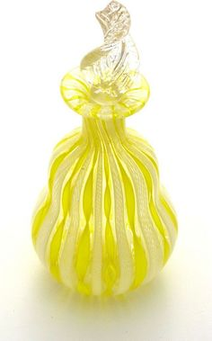 Vintage Murano Latticino Hand Blown Perfume Bottle -The Vintage Jewelry Boutique Antique Perfume Bottles, Vintage Bottles, Parfum Chic, Perfumes Vintage, Beautiful Perfume, Fragrance Parfum, Bottle Art, Antique Glass, Mellow Yellow
