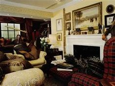 Classic style we are addicted to Day Room, English Country Decor, English Style, English Manor, Interior Decorating, Interior Design, Traditional Interior, Living Room Inspiration, My Dream Home