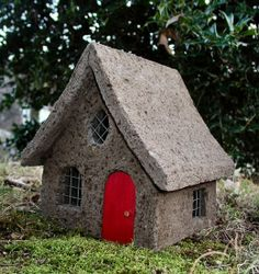 Small Fairy Cottage with Red Door adds an enchanted charm to your fairy garden and comes in either a mossy or non mossy finish to choose from, making these homes fit right in.